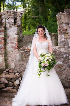 Beautiful strapless wedding gown paired with waterfall veil!  Michele Conde Photography l Read more http://www.rusticfolkweddings.com/2014/07/22/tuscan-themed-italian-garden-wedding/