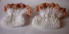 Mamma That Makes: Frill Top Bootie - Free Pattern Baby Patterns, Sewing Patterns, Crochet Patterns, Pattern Design, Free Pattern, Bonnet Pattern, Frill Tops, Crochet Baby Booties, Baby Socks