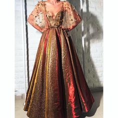 #teutamatoshiduriqi #couture #firecolors Evening Dresses, Prom Dresses, Formal Dresses, Beautiful Gowns, Dream Dress, Poses, Pretty Dresses, Dress To Impress, Designer Dresses