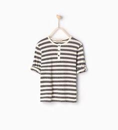 Bild 1 av Randig T-shirt med uppvikta ärmar från Zara Family Outfits, Boy Outfits, Zara Kids, Zara United States, New Week, T Shirts, Boy Fashion, Chambray, Barn