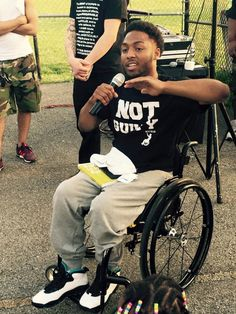 Seeing young Black men rolling around neighborhoods in wheelchairs is all too common. Most of them are victims of gun violence, but Pittsburgh resident Leon Ford Jr.'s story is somewhat different. He is in a wheelchair because of an encounter with local police. In 2012, police stopped Ford for a minor traffic violation. They had …