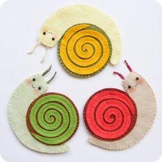 PDF pattern - Funny felt snail coasters - Fall mug rug, autumn table decoration, garden party coasters, DIY easy sewing pattern