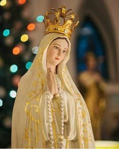 Jesus Mother, Blessed Mother Mary, Blessed Virgin Mary, Mother Mary Images, Images Of Mary, Mama Mary, Catholic Religion, Catholic Art, Hail Holy Queen