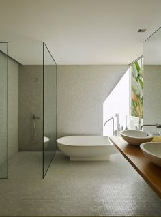 bathroom <---Yes! see the glass ceiling to floor partition? Thats what Im talking about