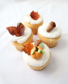 Sweet Tooth: Edible Fall Cupcake Toppers