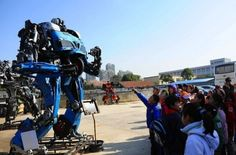 Zhu Kefeng's Mr. Iron Robot theme park in Zhejiang, China.   #robotics #transformers #recycle #recycledmaterials #ecoart #greendev #china #inhabitat