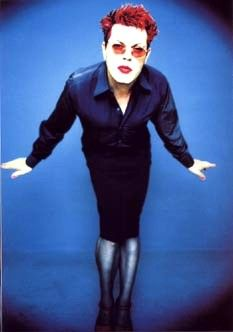 eddie izzard is he gay