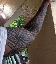 Tribal Shoulder Tattoos, Tribal Arm Tattoos, Forarm Tattoos, Tribal Sleeve, Body Art Tattoos, Polynesian Tattoo Sleeve, Polynesian Tattoo Designs, Samoan Tattoo, Island Tattoo