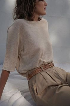 The Willow Linen Tee is crafted from lightweight linen jersey and is cut for a f. - The Willow Linen Tee is crafted from lightweight linen jersey and is cut for a flattering, relaxed - Indie Outfits, Outfits Casual, Cute Outfits, Travel Outfits, Work Outfits, Outfit Work, Vacation Outfits, Casual Boots, Outfit Online