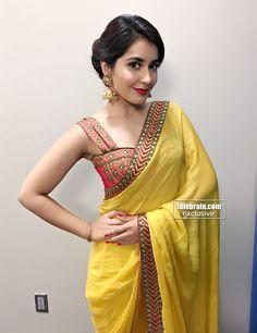 Actress Raashi Khanna Photo Gallery http://www.idlebrain.com/movie/photogallery/rashikanna67/index.html