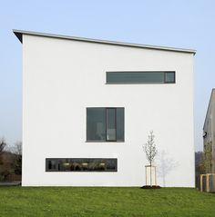 Außenansicht, Fassade, Bäumchen