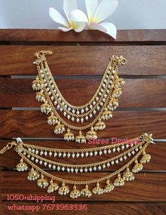 Wedding jewellery Whatsapp 7673963336 Indian Jewelry Earrings, Indian Wedding Jewelry, Ear Jewelry, Bridal Jewelry, Tikka Jewelry, Jewelry Bracelets, Bangles, Gold Earrings Designs, Gold Jewellery Design