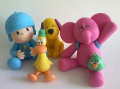 Pocoyo and Friends by Gabriellascrafts on Etsy Fondant Cake Toppers, Fondant Figures, Clay Figures, Fondant Cakes, Cupcake Cakes, Cupcakes, Fondant Baby, Mini Cakes, Diy Crafts To Do