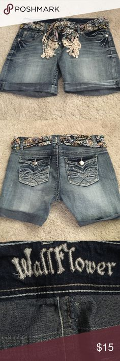 jeans shorts with cute belt  Excellent condition. Worn once. Making room in my closets. Waist measurement is 17 inches approximately. Smoke and pet free home. Wallflower Shorts Jean Shorts