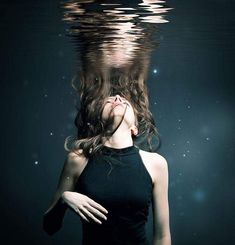 Emotional intelligence - girl under water Underwater Photos, Underwater Photography, Art Photography, Travel Photography, Landscape Photography, Underwater Model, Emotional Photography, Levitation Photography, Photography Backgrounds