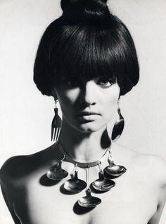 Marie Lise Gres in kitchenwear jewellery, 1965. Photo byRonald Falloon.