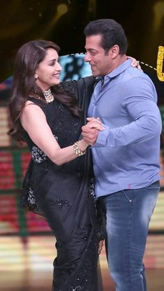 Salman Khan Photo, Bollywood, Ruffle Blouse, Actresses, Actors, Celebrities, Women, Foods, Fan