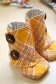 happy camper fabric by moda. OMG @Priya Zvonar how cute are these.