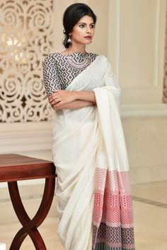 Searching for quality Elegant Design Indian Sari kind of like Saree and Bollywood saree then CLICK Visit link for more details indianfashion Vestidos Chiffon, Moda Indiana, Mode Wax, Saree Blouse Patterns, Cotton Saree Blouse Designs, White Saree Blouse, Boat Neck Saree Blouse, Indian Blouse Designs, Black And White Saree