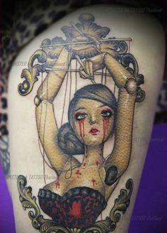 Tattoo de marionnette sanglante.