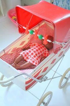 De poppenwagen van mijn dochter.