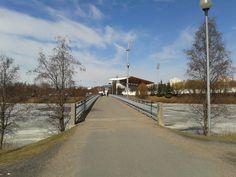 Some bridge leading to Raatti in Oulu.