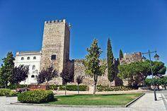 The castle of Alter do Chão. Alter do Chão, Alentejo, Portugal. (Photo: Vitor Oliveira) #alentejo #visitalentejo #portugal #visitportugal #alter #alterdochao #castle #travel