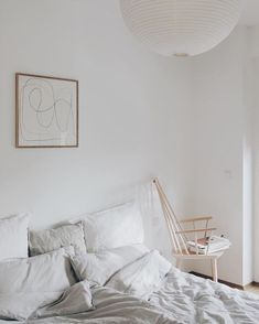 Clean Simplicity Dreamy Bedroom With Spring Light White Scandinavian Bedroom With Stunning Abstract Art Pr In 2020 Modern Bedroom Decor Dreamy Bedrooms Bedroom Decor