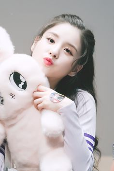 Korean Beauty Girls, Pretty Korean Girls, Cute Korean Girl, Korean Girl Groups, Lovely Girl Image, Beautiful Girl Photo, Cute Girl Photo, Cute Girl Poses, Girl Photo Poses