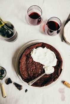 Hummingbird High - A Desserts and Baking Food Blog in Portland, Oregon: Flourless Chocolate and Red Wine Swedish Cake