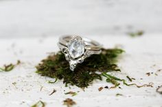 rings wedding The Dueling Diamonds Ring Set - The Fox And Stone Bohemian Jewelry Alternative Engagement Ring Alternative Wedding Rings, Wedding Rings Simple, Custom Wedding Rings, Wedding Rings Rose Gold, Unique Rings, Stylish Rings, Raw Diamond Rings, Rose Gold Diamond Ring, Herkimer Diamond