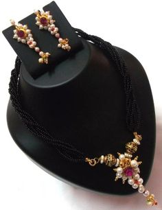 Maharastrian style Mangalsutra Necklace set With pearls