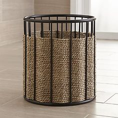 basket and crate - Shop Barros Seagrass Waste Basket. panier et caisse - Shop Barros Seagrass Waste Basket. L'herbe de mer naturelle tisse sur un . # Accents maison maison and Crate Rope Basket, Wire Baskets, Basket Weaving, Crate And Barrel, Foldable Dog Crate, Large Breed Dog Beds, Crate Cover, Dog Sofa Bed, Rope Crafts
