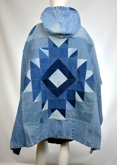 Southwest Unisex Denim Poncho Ecofriendly Upcycled Jeans Reconstructed One size fits most - Denim Inspiration Denim Purse, Denim Outfit, Denim And Lace, Recycle Jeans, Upcycle, Jean Crafts, Jeans Fabric, Old Jeans, Recycled Denim