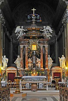 Italy Roma - Altare of Santa Maria del Carmelo in Traspontina #TuscanyAgriturismoGiratola