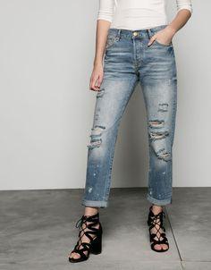 Jeans loose fit con rotos - Bershka - Bershka España