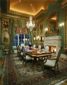 Stunning VIctorian dining room - best of all worlds!