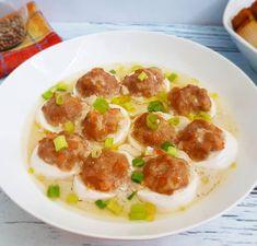 STEAM TOFU AYAM UDANG . . Anak2 kita bikinin ini aja yuk . . Baha Steamed Tofu, Pepperoni, Food And Drink, Pizza, Eggs, Ethnic Recipes, Egg, Egg As Food