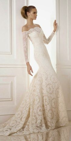 classic wedding dress, wedding dress, classic bride, classic, lace, lace sleeve