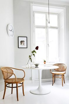 Bentwood Chairs * U0026 A Modern Tulip Table * Is Always A Great Combination  For Any Dining Area.