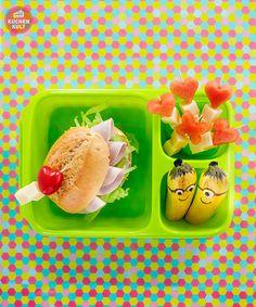 Die Brotdose einfach mal mit Melonenspießen und Minions-Bananas aufpeppen