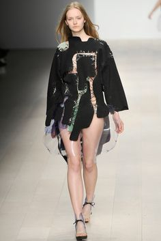 FALL 2012 READY-TO-WEAR Central Saint Martins Helen Lawrence