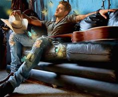 Beautiful Jensen Ackles/Dean fanart. This just needs a fanfic to go with