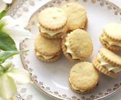Passionfruit cream biscuits recipe - By Australian Women's Weekly, Store bought biscuits these days are pretty good in terms of quality, but nothing says 'I love you' like a homemade biscuit. These passionfruit cream versions just melt in the mouth. Coconut Biscuits, Cream Biscuits, Homemade Biscuits, Biscuit Cookies, Biscuit Recipe, Afternoon Tea Biscuits, Kingston Biscuits, White Chocolate Macadamia Cookies, Peach Pork Chops