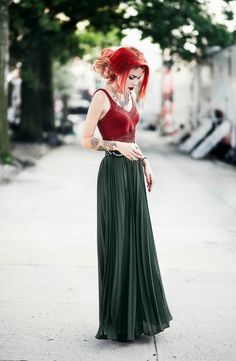 I want this pleated green skirt in this exact color. I wish i could find something like it!                                                                                                                                                                                 More