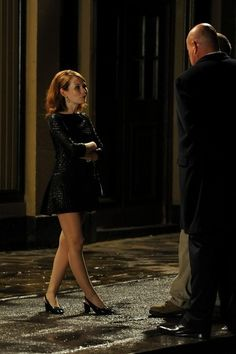 Emily Browning Photos - Scenes from the 'Legend' Set - Zimbio