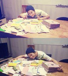 Twitter / Actorkimbeom: 생일 축하 해주신 국내 ... How cute is Kim Bum