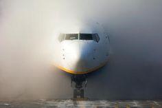 EI-EST - Ryanair Boeing 737-800 photo (2094 views)
