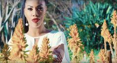 """Yola Araújo lança videoclipe com letra sugestiva: """"Serás pra sempre vida...homem que eu não largo"""" https://angorussia.com/cultura/musica/yola-araujo-lanca-videoclipe-letra-sugestiva-seras-pra-sempre-vida-homem-nao-largo/"""