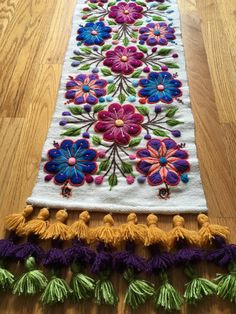 Boho Table Runner Boho Home Decor Sheep by TablerunnersBoutique Cushion Embroidery, Mexican Embroidery, Hand Embroidery Flowers, Hand Embroidery Designs, Embroidery Patterns, Cross Stitch Patterns, Boho Home, Bed Runner, Bohemian Decor